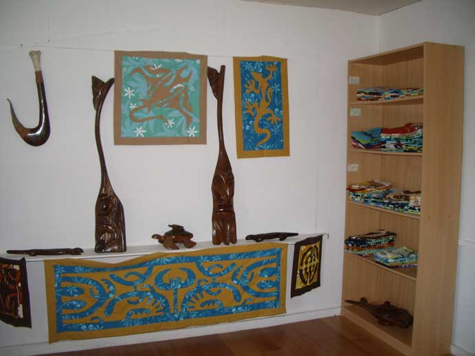 boutique-de-bora-bora-interieur1